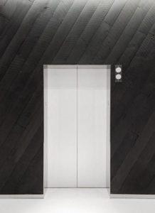 33f8554f149ae097732b03a8ed773e64-218x300 کاور درب آسانسور